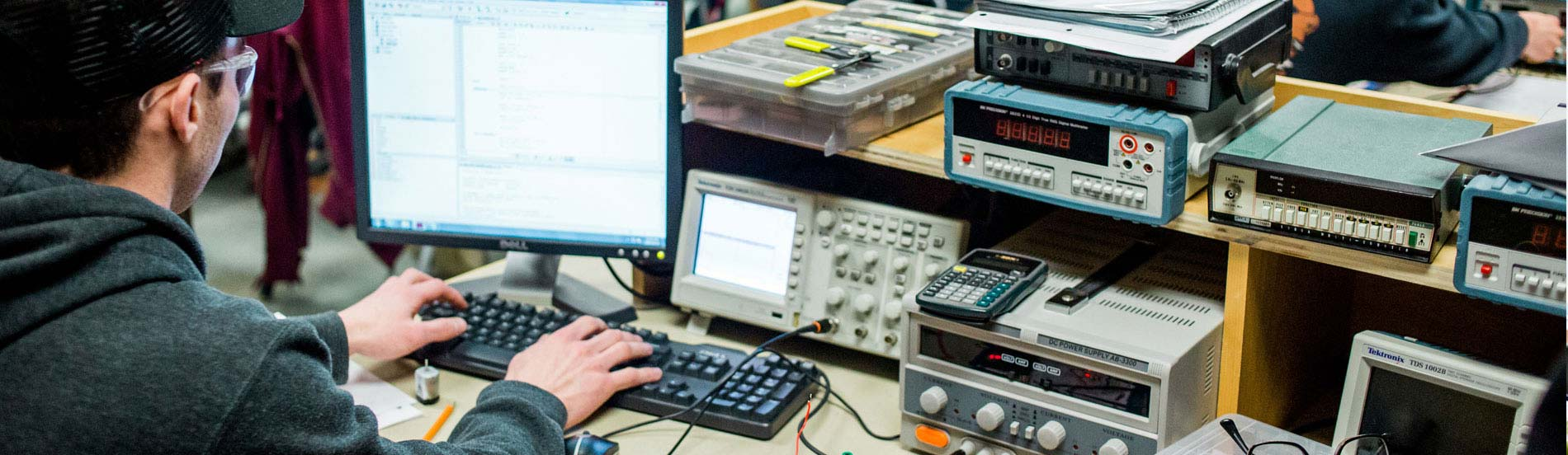 Electronics Engineering Technician - Computers (Fall Start)  Confederation College