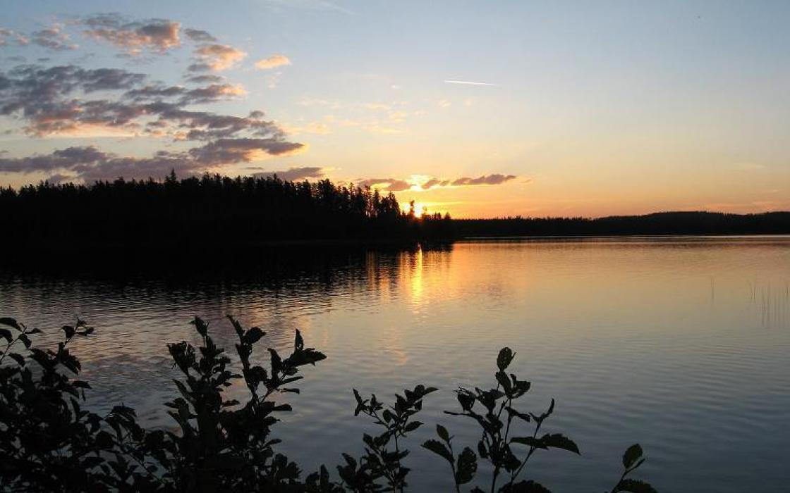 A summer sunset on a lake near Dryden