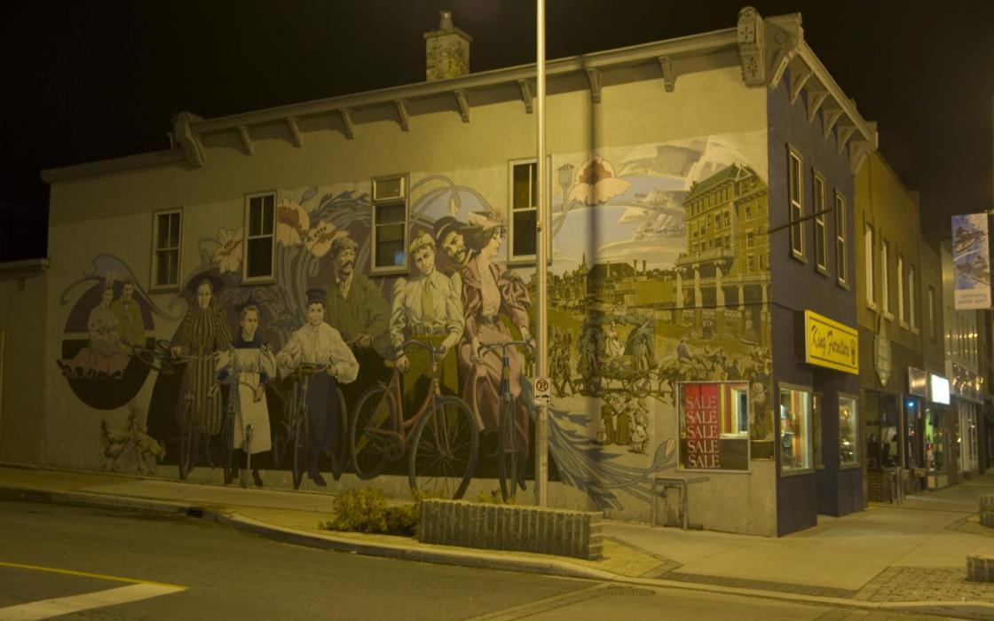 Kenora historical wall painting - downtown at night