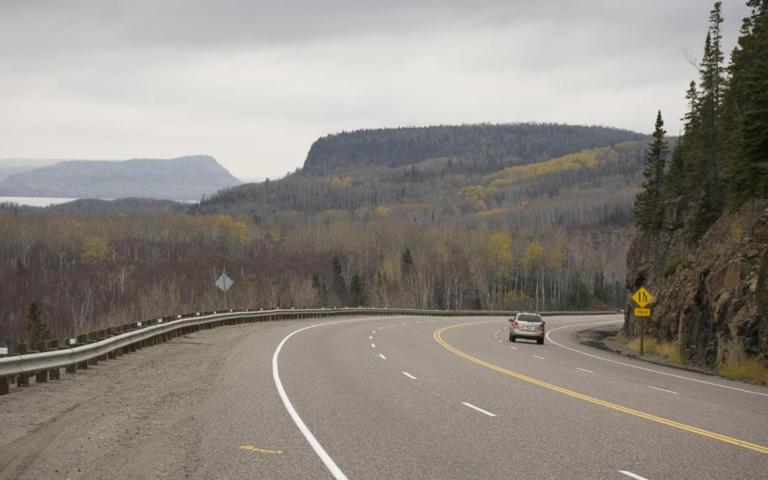 Spectacular scenery driving west from Marathon