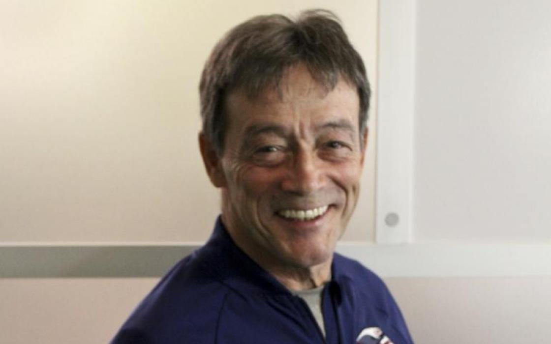 Coach Paul Carr