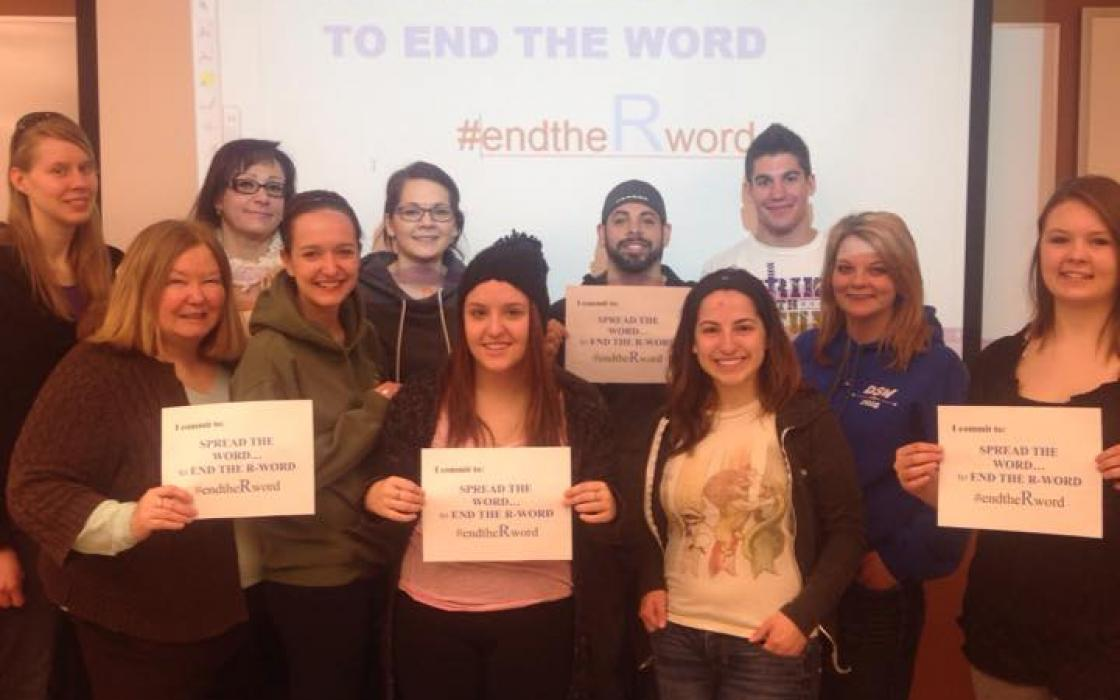 photo - Spread the Word to End the R Word student media campaign